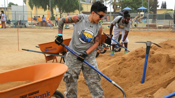 This nonprofit helps vets — by organizing projects for those vets to help others
