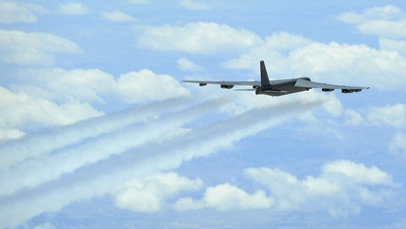 US Air Force flight tests hypersonic missile on B-52 bomber