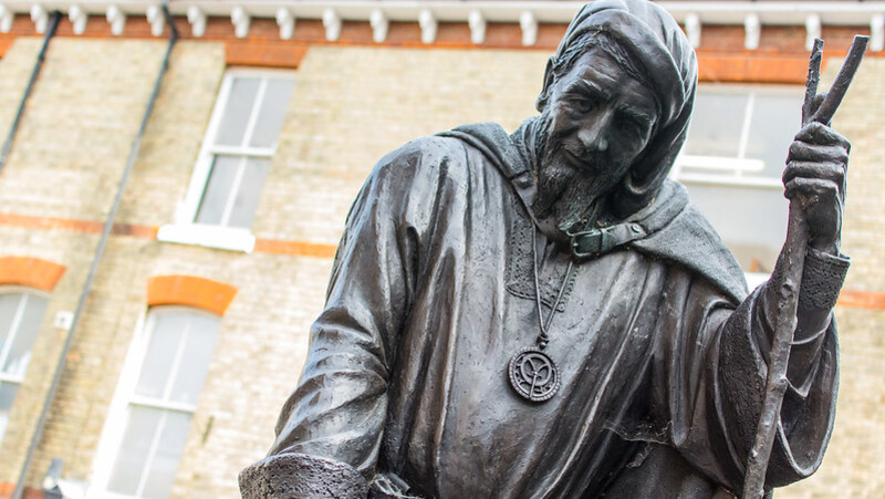 Professors in America and the U.K. fight back against the cancelation of Geoffrey Chaucer