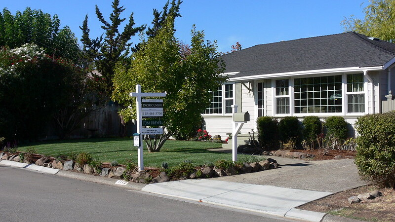 Homebuyer bidding wars hit a new low in August