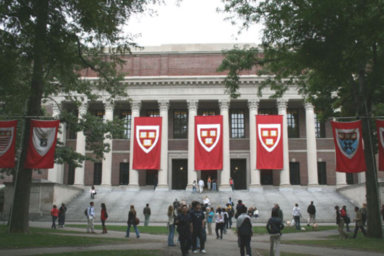 Harvard Crimson slammed for balanced coverage