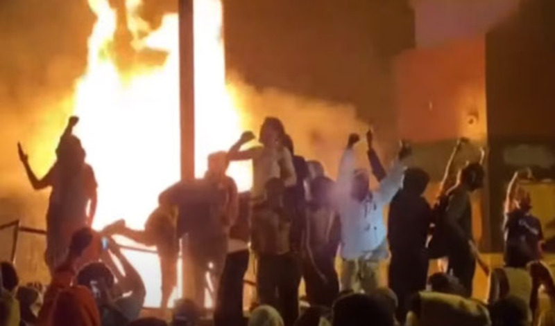 Proud professors provide continuing education for rioters