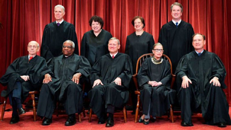 Roberts casts deciding vote as Supremes kill abortion law