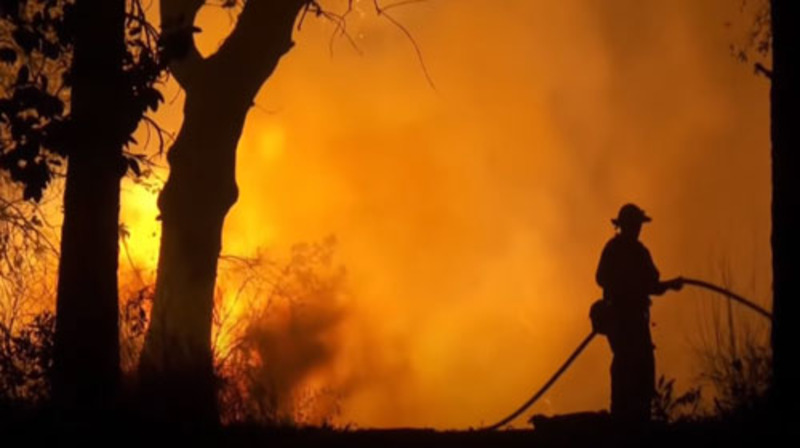 Why is the American West Coast on fire?