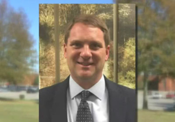 Tenn. principal placed on leave after standing up for free speech