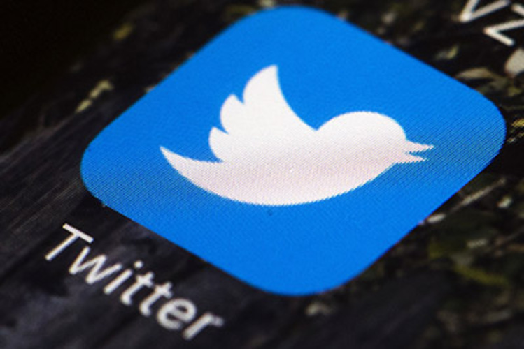 Russia threatens ban if Twitter doesn't remove child porn