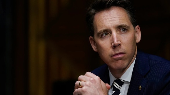 Hawley bill would spotlight Chinese electronics in defense systems