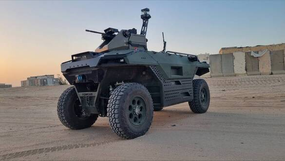 IAI debuts new hybrid ground robot joining the UK army inventory