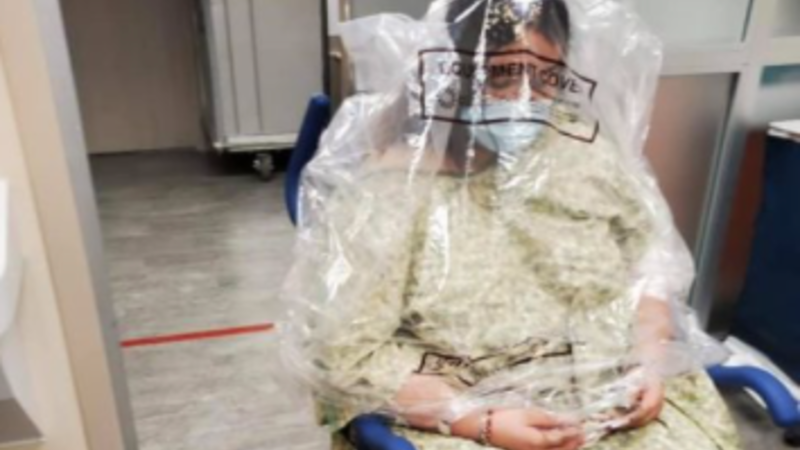 """""""Dehumanized"""": COVID Patient in Texas Hospital Had Plastic Bag Placed Over Her Head"""