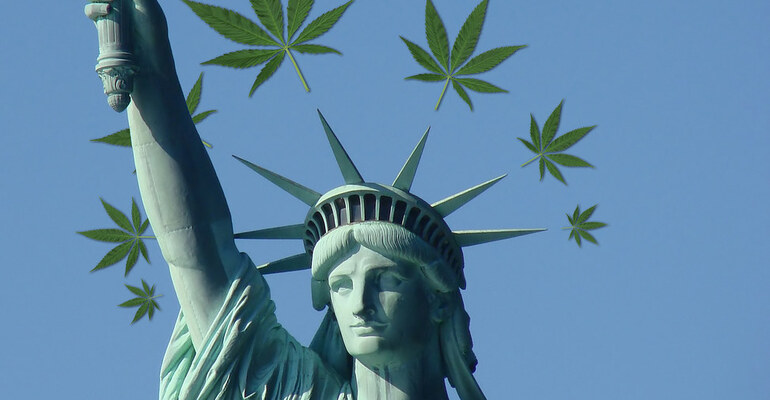 Top MJ Reform Group Wants Help Holding Lawmakers Accountable On Legalization