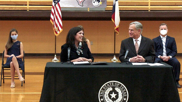 Abbott Appoints Rebeca Huddle to Texas Supreme Court