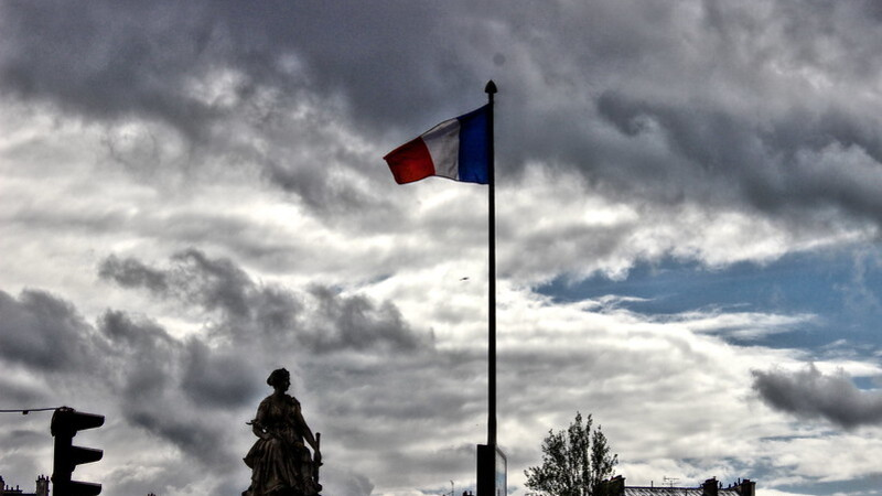 """Poll: Majority of French Agree With Military Generals That the Country is Heading Towards """"Civil War"""""""