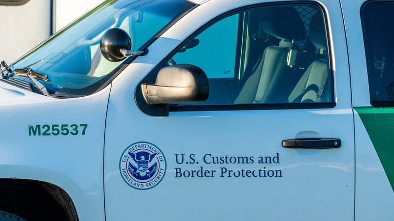 GOP governors unveil 10-point plan to end border crisis, urging Biden to act